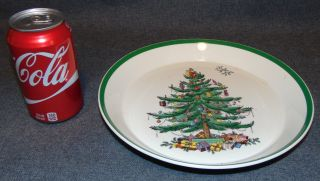 """Spode """"Christmas Tree"""" 10"""" Serving Bowl Spode """"Christmas Tree"""" 10"""" Serving Bowl or Serving Dish. Measures 1-1/2"""" tall x 10"""" wide. Condition is very good. No Damage. Bottom is marked. Starting Bid $30. Auction Estimate $30 - $40."""