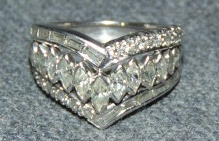 14k White Gold & 1.5 ct total weight Diamond Ring 14k White Gold & 1.5 ct total weight Diamond Ring. Size 8. Condition is very good with minimal wear. No damage. Several Shipping Options Available. Starting Bid $500. Auction Estimate $900 - $1,200.