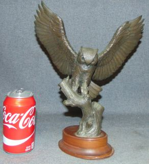"Franklin Mint Gilroy Robert Horned Owl Bronze Sculpture Franklin Mint Gilroy Robert Horned Owl Bronze Sculpture on Wood Base. 1978. Signed and Limited Edition #324 of 2500. Measures 12-3/4"" tall x 10"" wide. Condition is Excellent. Very good. No Damage. Several Shipping Options Available. Starting Bid $80. Auction Estimate $150 - $250."
