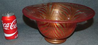 """Murano Glass Bowl by Gambaro & Poggi Hand Blown Murano Art Glass Bowl by Gambaro & Poggi. Beautiful art glass with 24K Gold Flecks. Measures 6"""" tall x 12"""" wide. Bottom is signed. Condition is very good. Mint. No damage. Several Shipping Options Available. Starting Bid $40. Auction Estimate $150 - $250."""